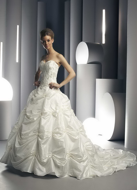 Wedding dress of the week - 13