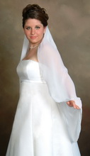 fingertip lenght wedding veil