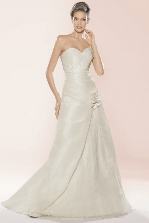Wedding Gown of the Week-35