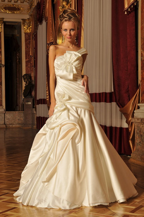Wedding Gown of the Week-40