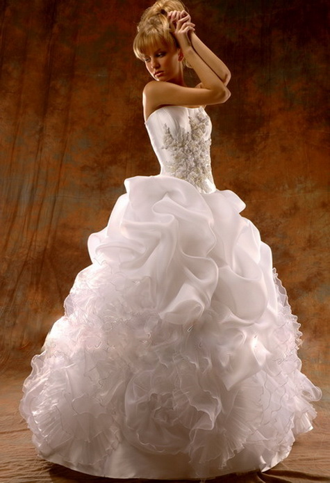 Wedding Gown of the Week-44
