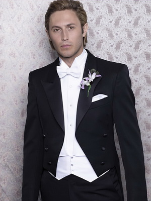 groom's suit white tie and tales. jpg