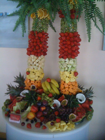 wedding fruit palm tree