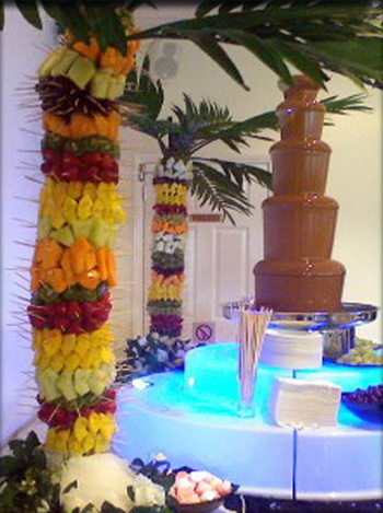 wedding fruit palm tree design