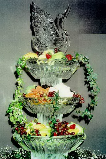 wedding fruit fountain ice sculpture