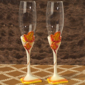 Seasonal wedding toast flutes
