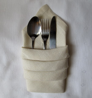 Napkin Folding for Utensils