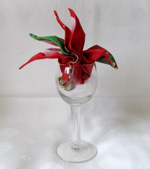 Napkin Folding for Wine Glasses