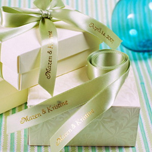 Personalized ribbons for wedding favors