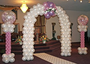 Custom arrangement for wedding balloons