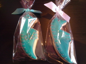 Personalized wedding cookie favors - custom design