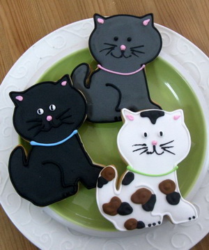 funny wedding cookie favors - animal themed