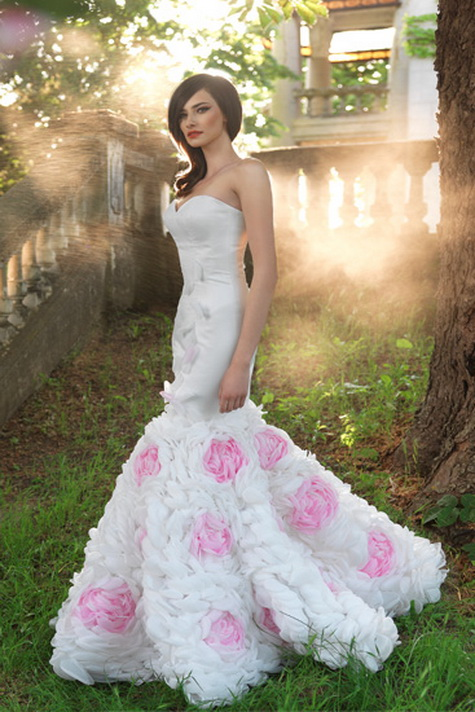 Wedding gown of the Week