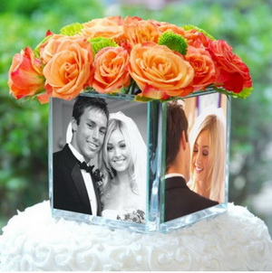 glass-photo-vase cake topper