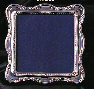 Steel photo frames