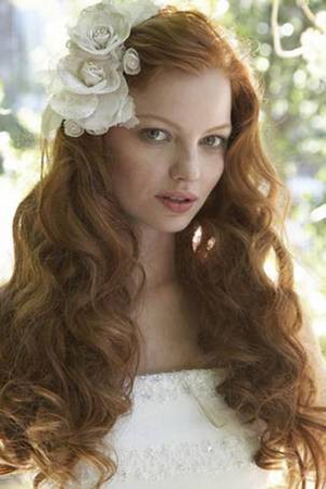 2012-bridal-hairstyle-trends-loose-curls