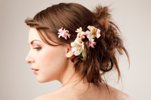 2012-bridal-hairstyle-trends-messy-updo