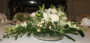 disadvantages-of-wedding-flowers-smell