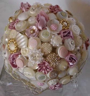 unique-bridal-bouquet-button