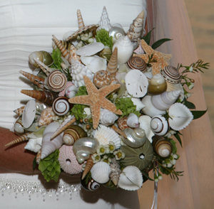 unique-bridal-bouquet-shells