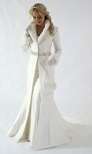 winter-themed-wedding-bridal-gown