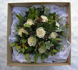 mistletoe wedding flowers