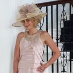 Mother-of-the-Bride-Dresses (source: wedding-splendor.com )