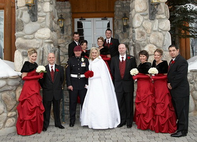 Christmas Wedding (source: http://www.greenbrideguide.com/)