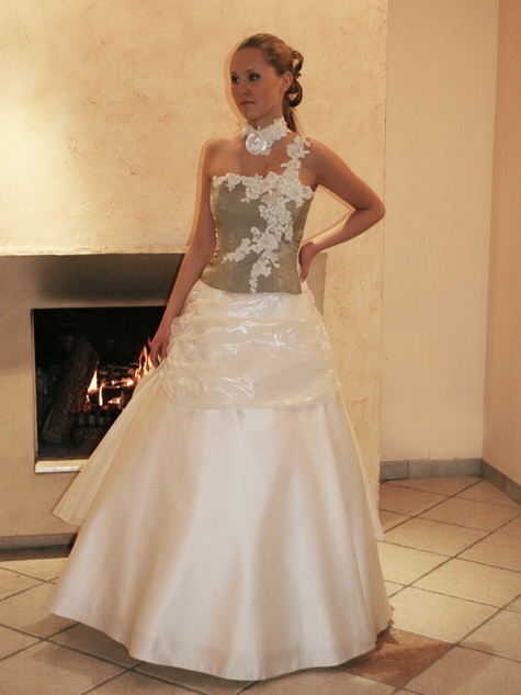 wedding dress of the week
