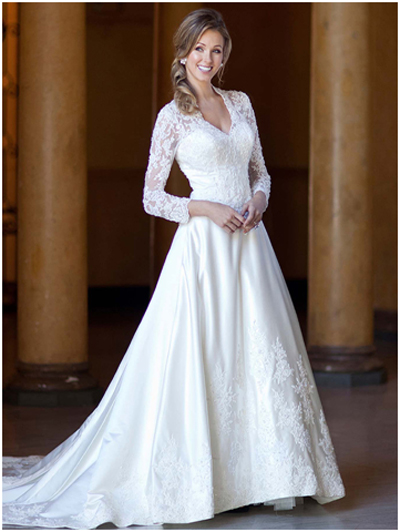 winter wedding dress - Lace Sleeves