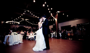 Wedding Ambiance 5 Necessities For A Classic Reception pic