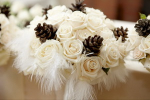 feather winter wedding
